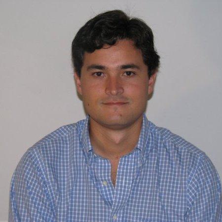Jose L Aguilar