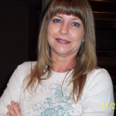 Julie Fakess