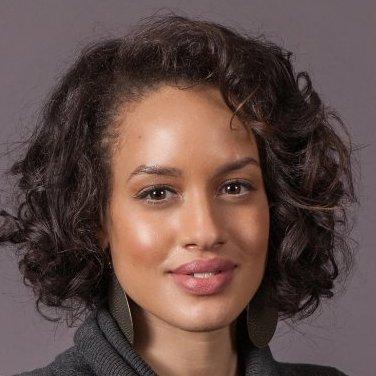 Julia Sanya