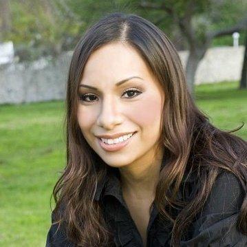 Selya Arvizu