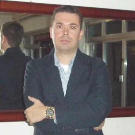 Fabio L Vigario