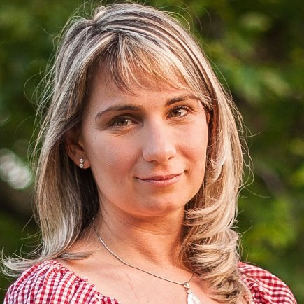 Dora Simon dr.
