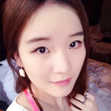 Yanjin Li