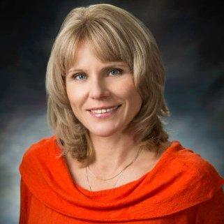 Dr. Veronika Pesinova