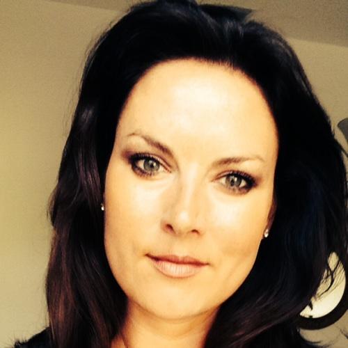 Laura Dever
