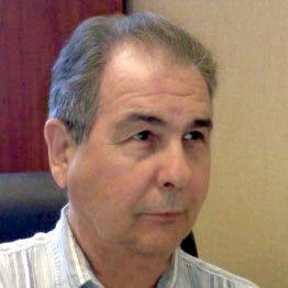 Dennis Hull