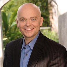 Christopher Walling, MBA, ERYT
