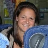 Claire Poza